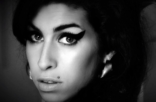 Amy Winehouse rostro