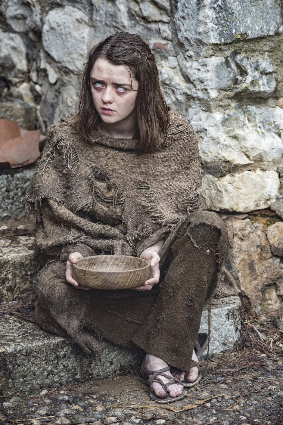 maisie-williams-game-of-thrones-season-6-01-2296×3450