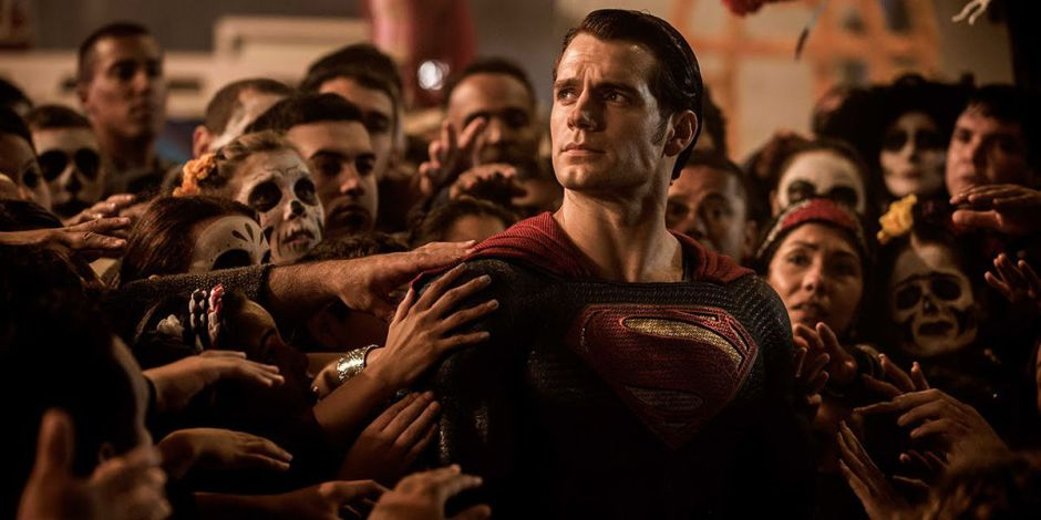 Batman-v-Superman-Henry-Cavill-Grounded