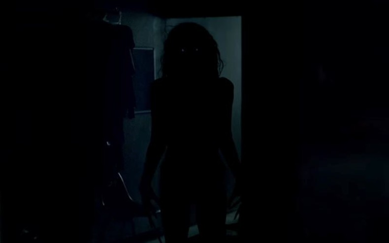 lights-out-2016-trailer_1603270749-790x494