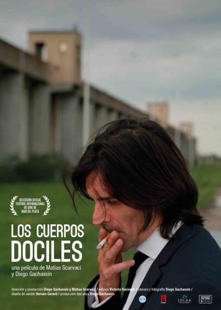 Poster-Los-cuerpos-dóciles